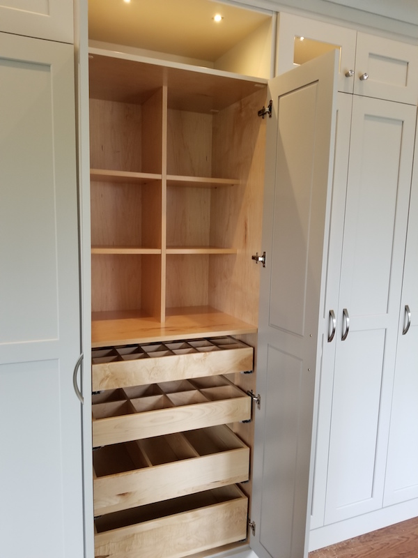 Incredible Our Portfolio Custom Closets And Cabinets Closet Butler Home Interior And Landscaping Dextoversignezvosmurscom